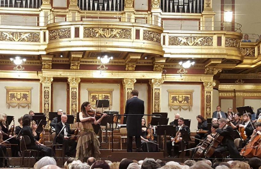 Publicacion de la Embajada de España sobre el concierto en el Musikverein por el 260 Aniversario de Mozart